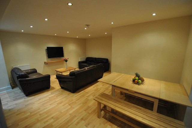 >School Grove, Withington, Manchester, M20 4RY